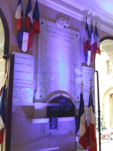 monument aux morts de Cavaillon
